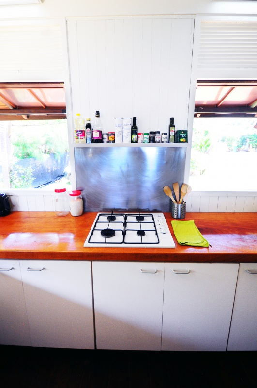 villa tiahura beach. Black Bedroom Furniture Sets. Home Design Ideas