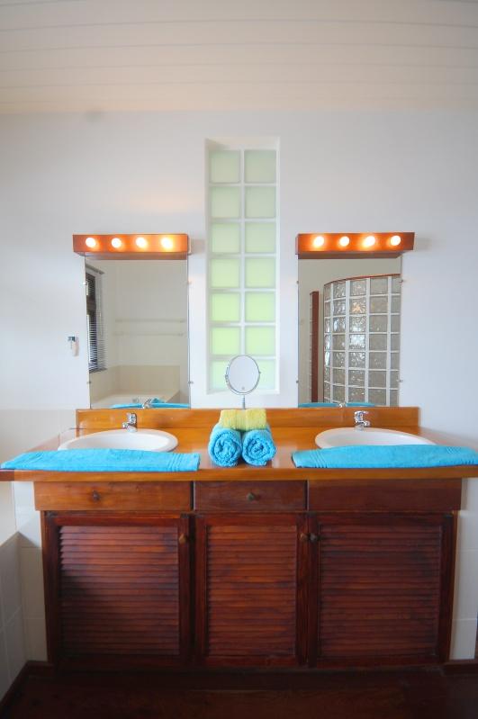 2-salle de bain 1