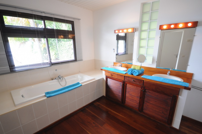 4-salle de bain 1